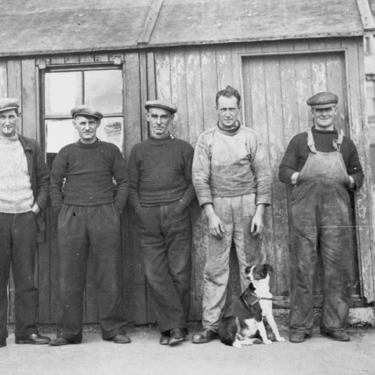 Five men and dog at Gourdon